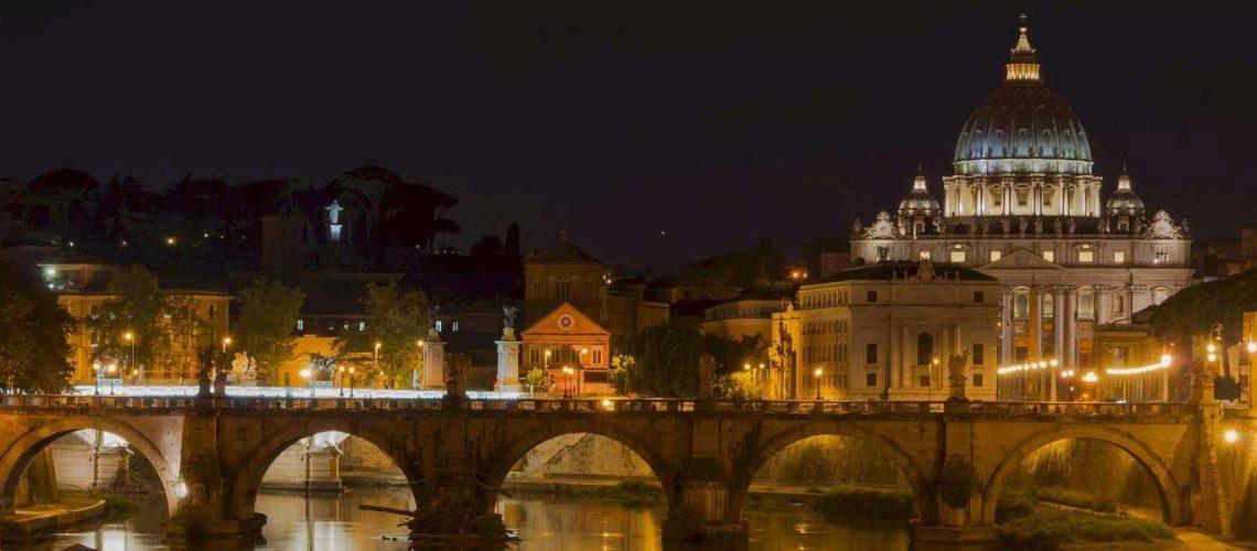 saint-peters-basilica-1600x600Com